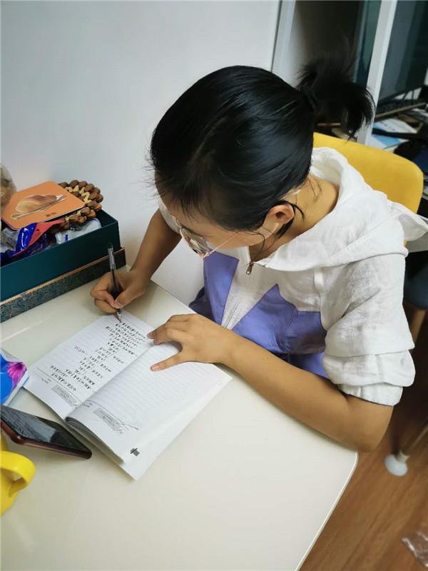以课题促提升郑州市管城区小李庄小学举行线上课题培训活动