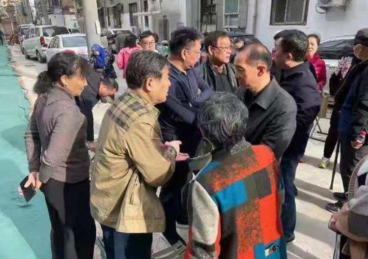 郑州管城硝滩社区改造两年成半拉子工程追踪 主管部门:立即整改