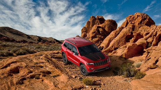 全新Jeep大切诺基PK途锐激情上演